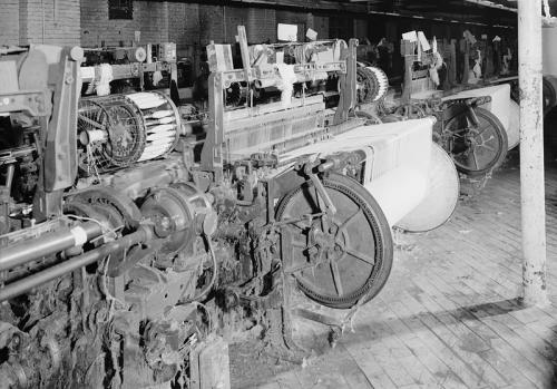 Draper Power Looms | World Quilts: The American Story